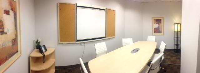 Stylish Colorado Springs Meeting Room