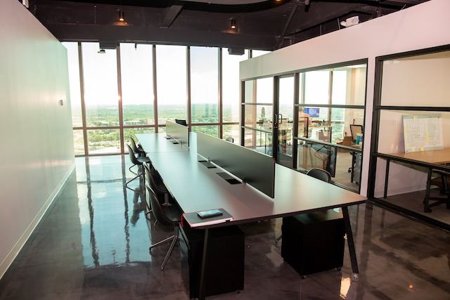 Dallas Virtual Office Space - Comfortable Commons Area