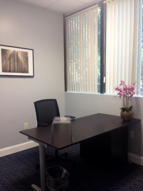 Virtual Offices Deerfield Beach - Temp Offices or Meeting Room