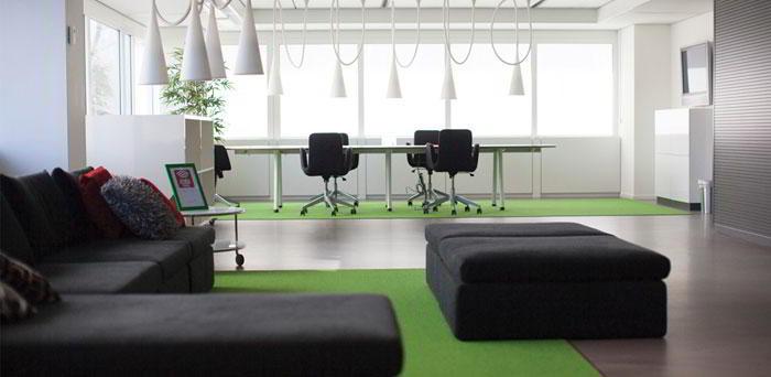 Delft Busines Address - Lounge Area