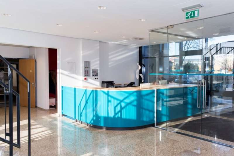 Deventer Live Receptionist and Business Address Lobby