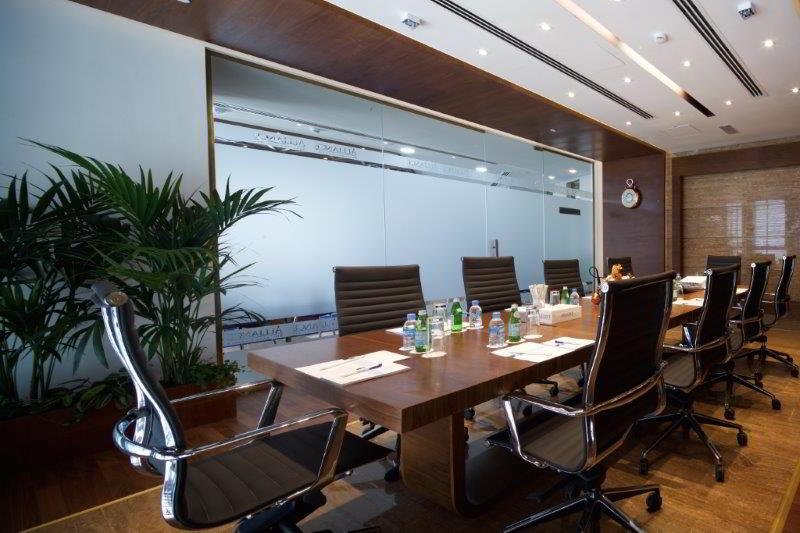 Stylish Doha Meeting Room