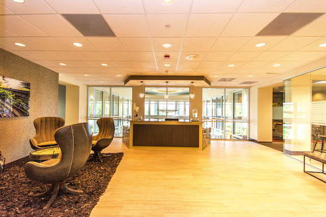 Receptionist and Mail Area - Doral Virtual Office