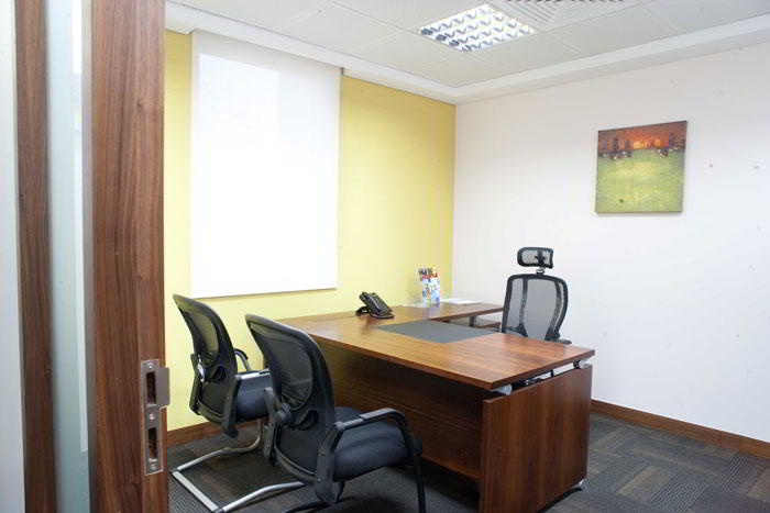 Dubai Temporary Private Office or Meeting Room