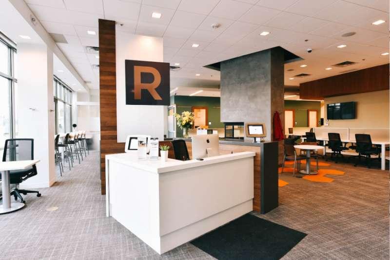 Receptionist Lobby - Virtual Offices in Edina