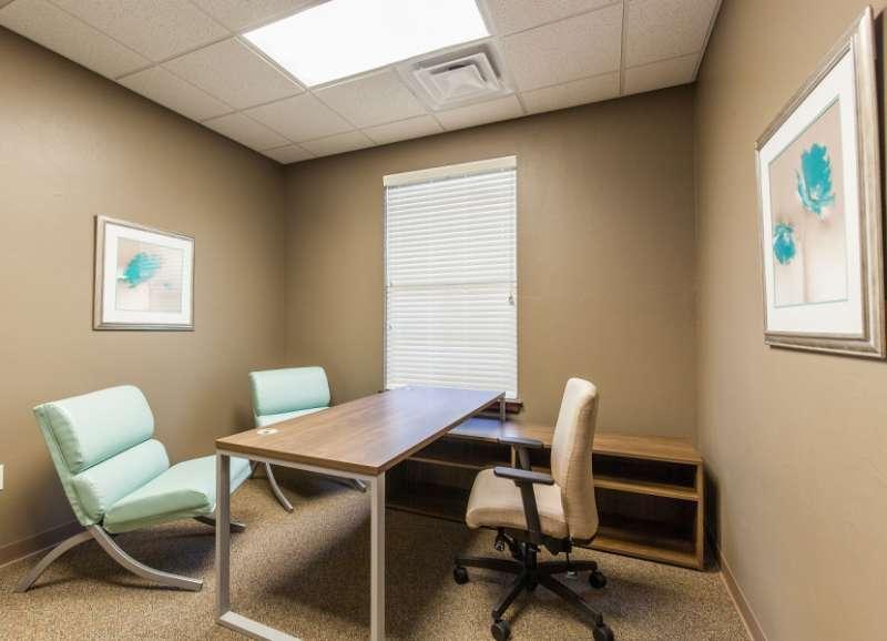 Stylish Edmond Meeting Room