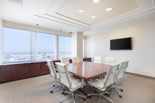 Stylish El Segundo Meeting Room