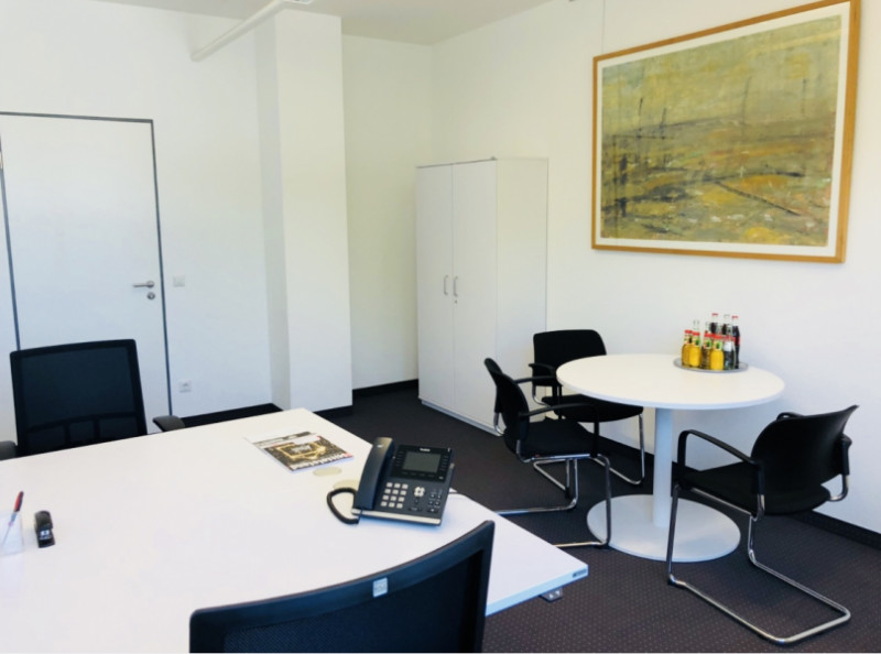Essen Temporary Private Office or Meeting Room