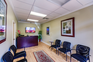 Fort Myers Live Receptionist and Business Address Lobby