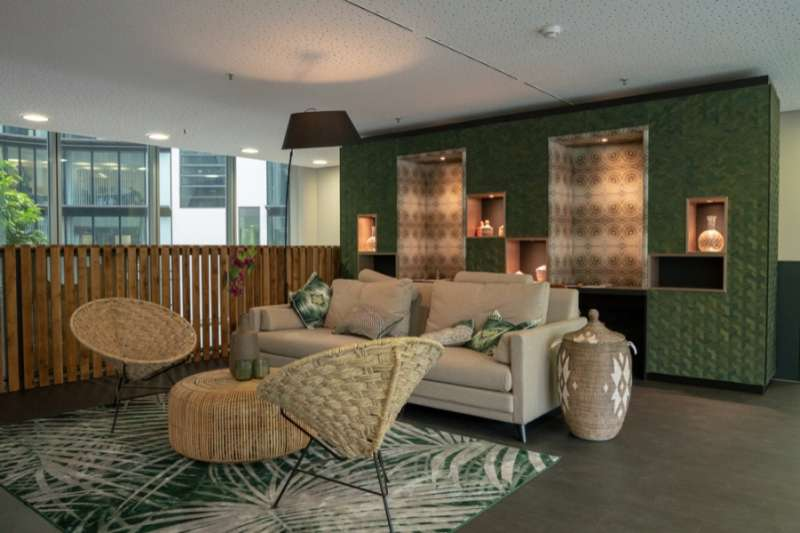 Frankfurt am Main Virtual Office Space - Comfortable Commons Area