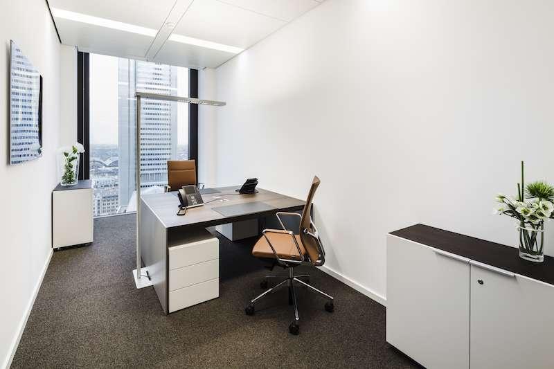 Temporary Frankfurt am Main Office - Meeting Room