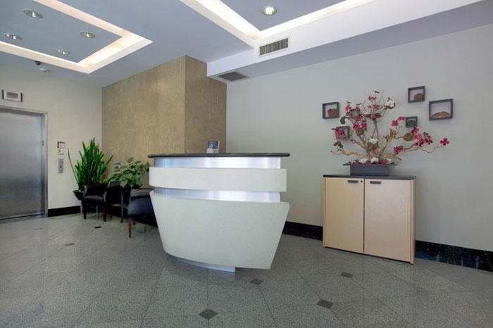 Receptionist Lobby - Virtual Offices in Glendale