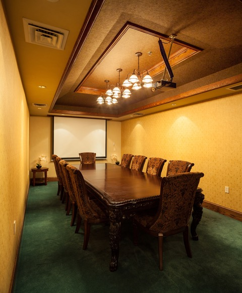 Nice Conference and Meeting Rooms in Grant Pass