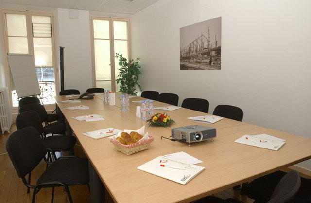 Stylish Grenoble Meeting Room