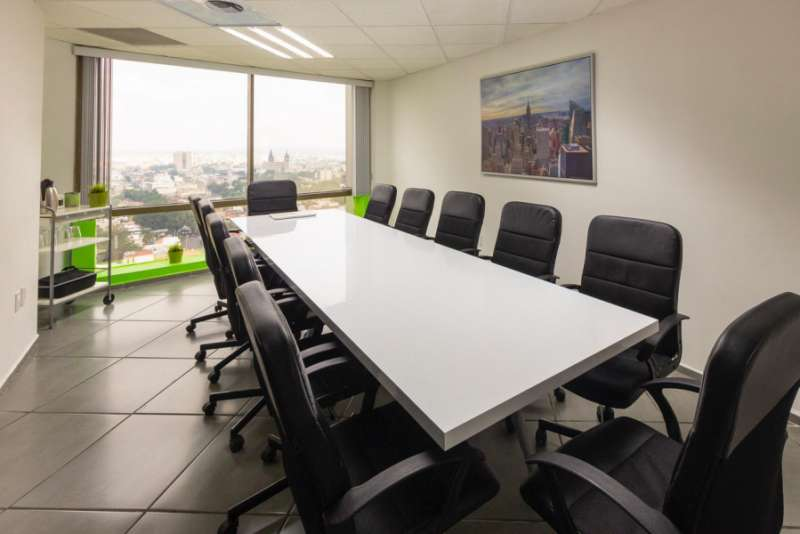 Stylish Guadalajara Meeting Room
