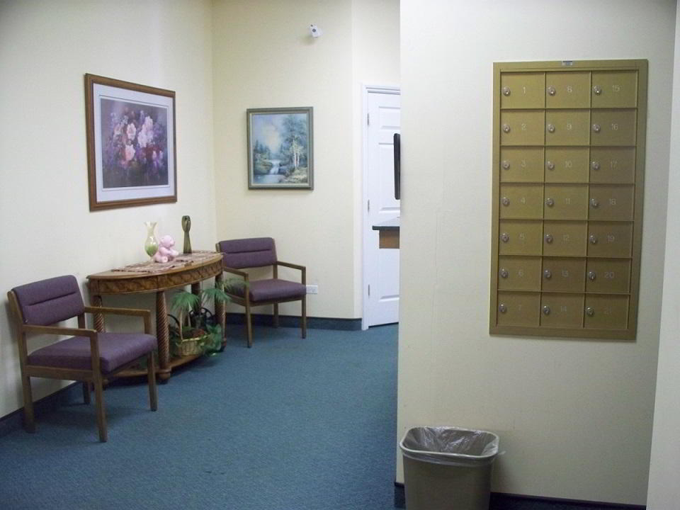 Gurnee Busines Address - Lounge Area