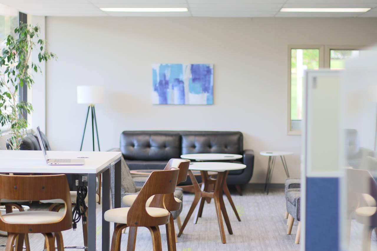 Helena Busines Address - Lounge Area