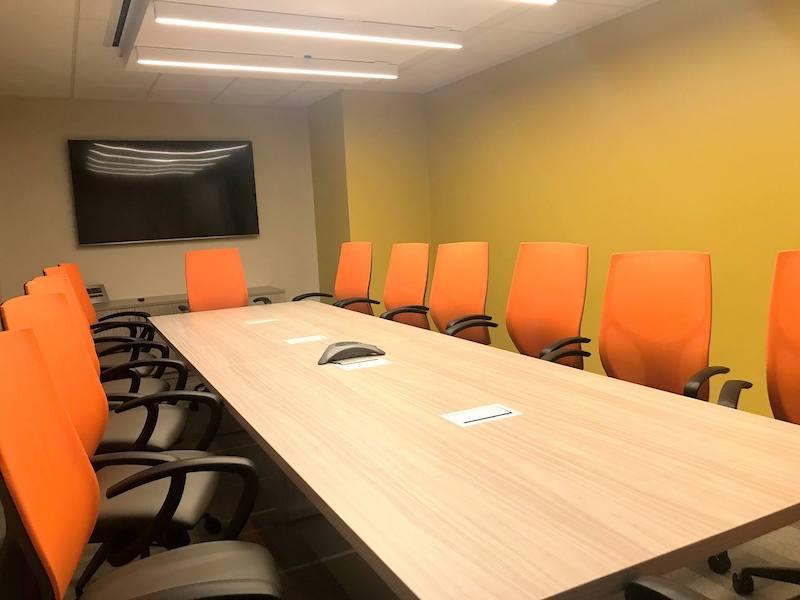 Stylish Herndon Meeting Room