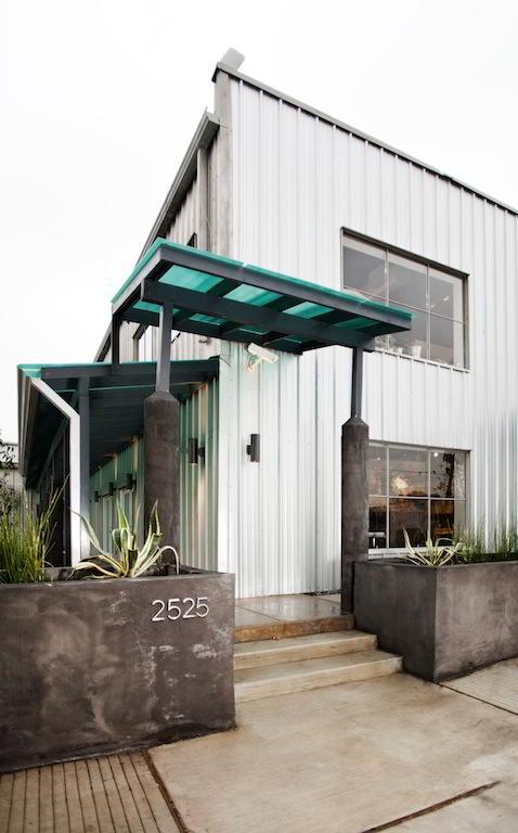 Houston Virtual Office - Building Facade