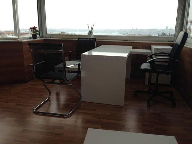 Istanbul Temporary Private Office or Meeting Room