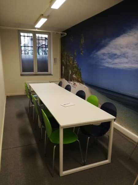 Stylish Kortrijk Meeting Room