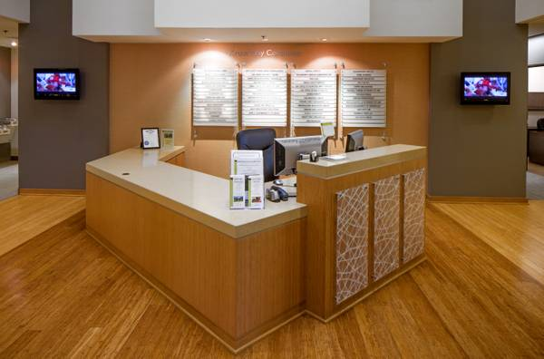 Receptionist and Mail Area - Lake Oswego Virtual Office
