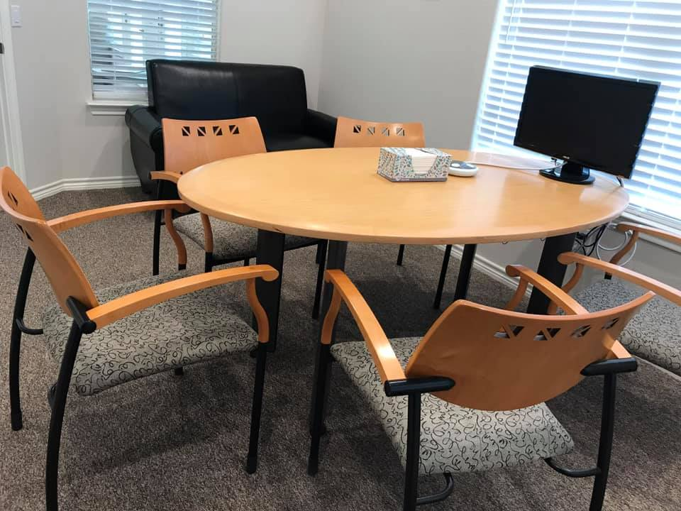 Nice Conference and Meeting Rooms in Leander