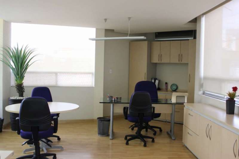 Leon Temporary Private Office or Meeting Room