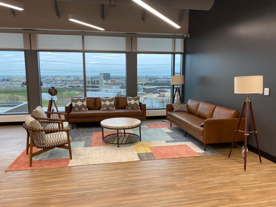Lewisville Virtual Office Space - Comfortable Commons Area