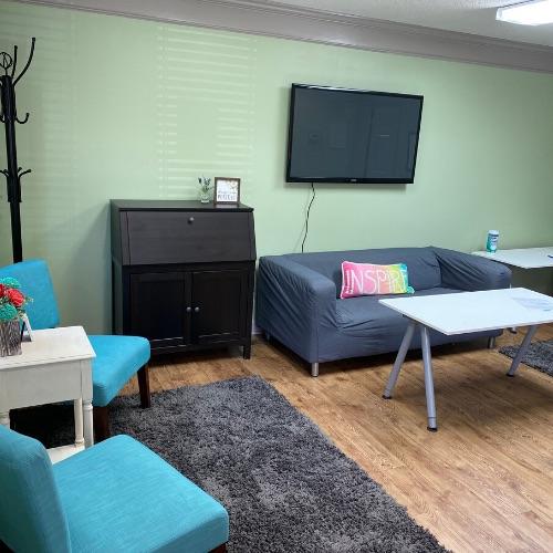 Lexington Virtual Office Space - Comfortable Commons Area
