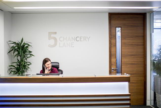 Receptionist Lobby - Virtual Offices in London