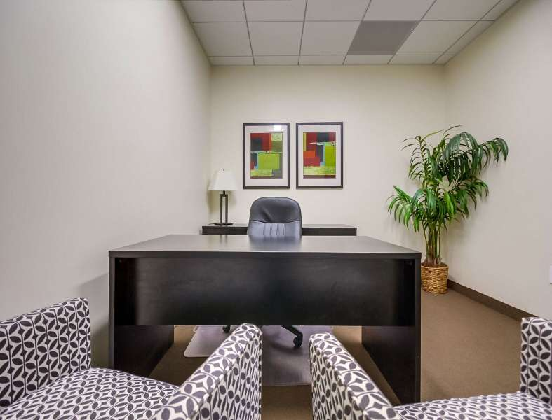 Los Angeles Temporary Private Office or Meeting Room
