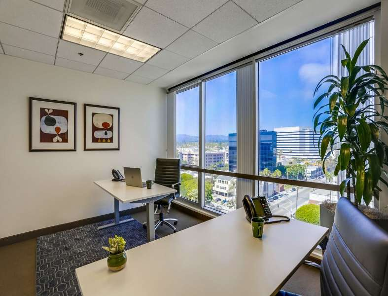 Temporary Los Angeles Office - Meeting Room