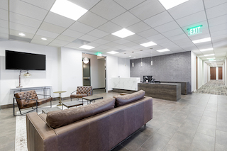 Los Angeles Live Receptionist and Business Address Lobby