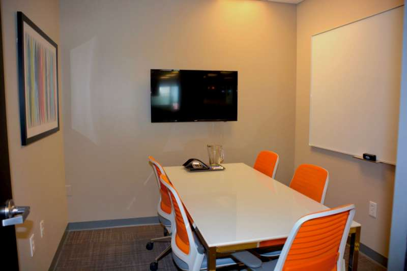 Stylish Los Gatos Meeting Room