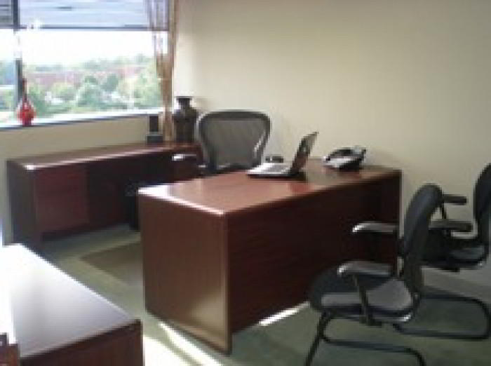 Louisville Day Office - Fully Equipped