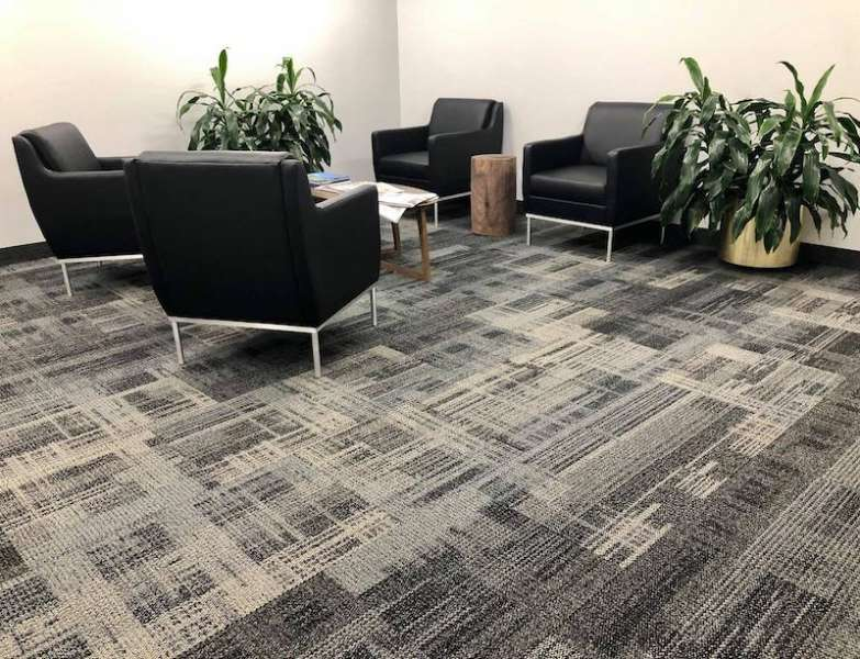 Memphis Virtual Office Space - Comfortable Commons Area