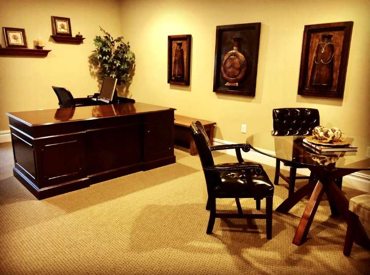 Middletown Virtual Office Space - Comfortable Commons Area