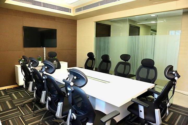 Turnkey Mumbai Conference Room