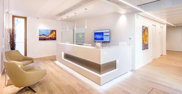 Receptionist Lobby - Virtual Offices in Munich