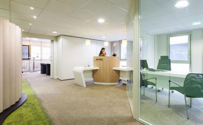 Receptionist Lobby - Virtual Offices in Nantes