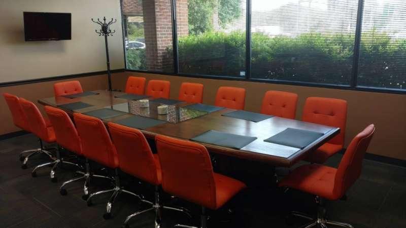 Stylish Nashville Meeting Room