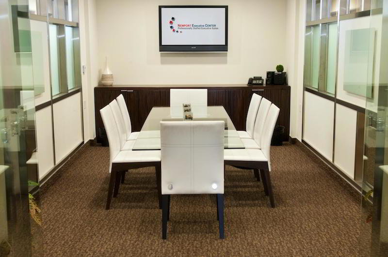 Nice Conference and Meeting Rooms in Newport Beach