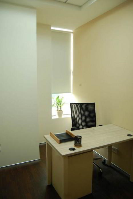 Noida Temporary Private Office or Meeting Room