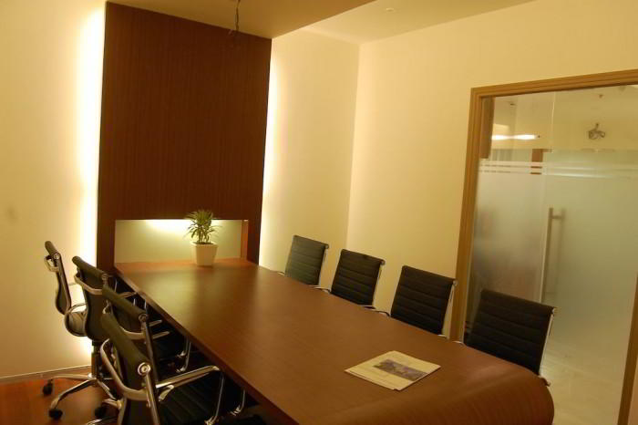 Nice Conference and Meeting Rooms in Noida