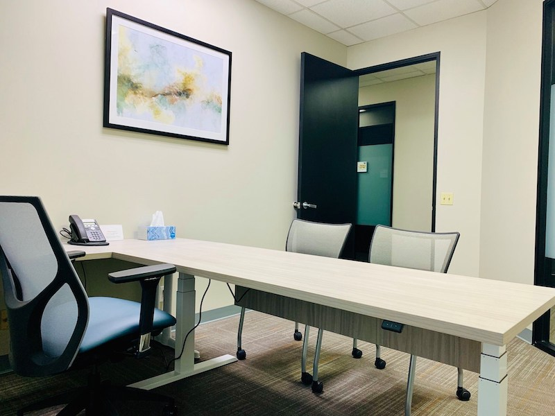 Virtual Offices Ontario - Temp Offices or Meeting Room