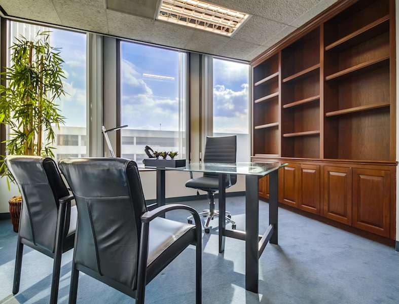Pasadena Temporary Private Office or Meeting Room
