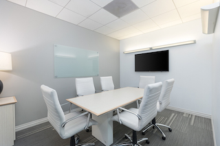 Stylish Pasadena Meeting Room
