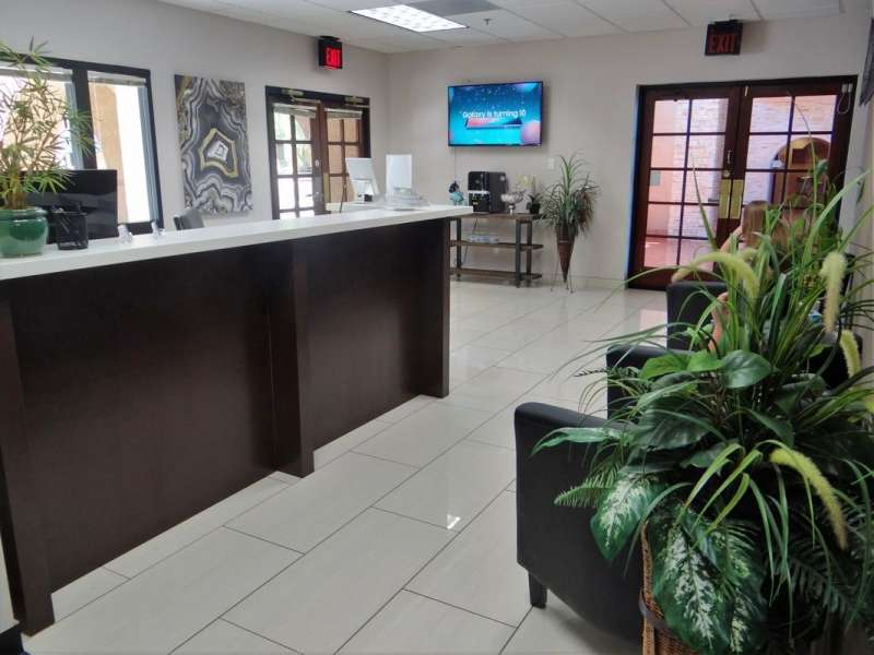 Receptionist Lobby - Virtual Offices in Phoenix