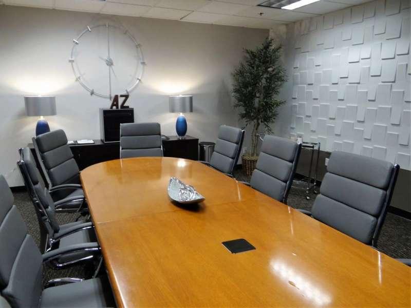 Stylish Phoenix Meeting Room